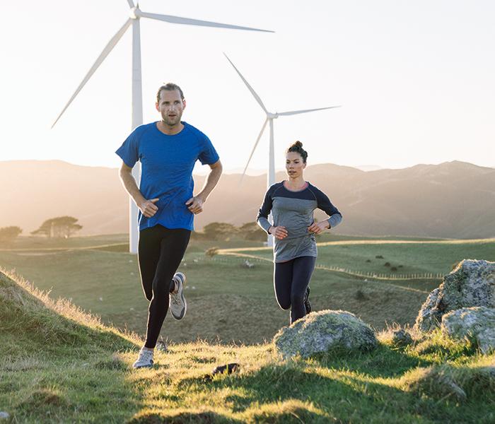 mand og kvinde løber